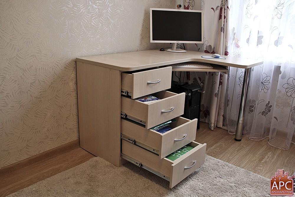 Видео инструкция сборки компьютерного стола с 546 doovi.