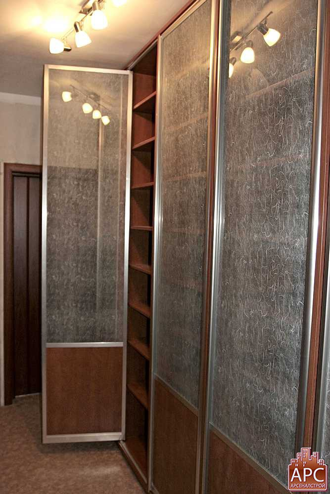 Шкафы распашные в алюминиевом профиле отзывы.
