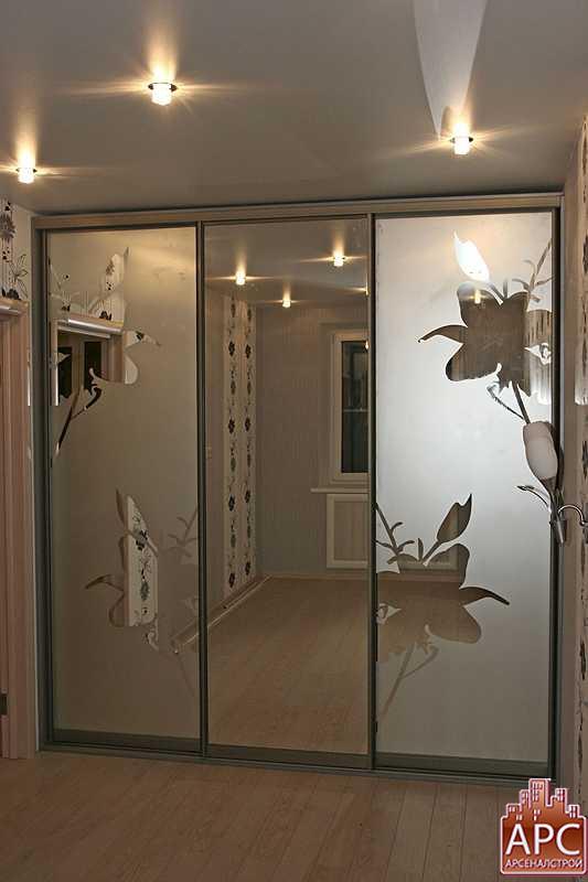 Фото каталог гардеробных комнат изготовленных на заказ нашей.