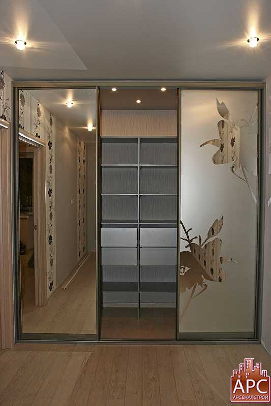 Двери в гардеробные комнаты фото