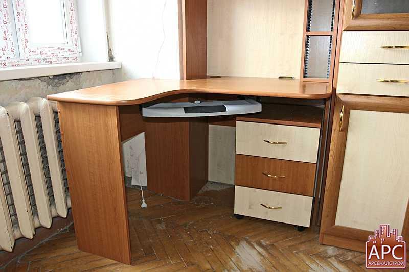 Pixaz каталог: детский стол со шкафом.