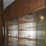 шкаф для моделей и сервант
