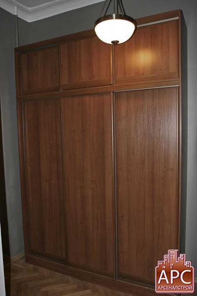 шкаф с антресолью в прихожую