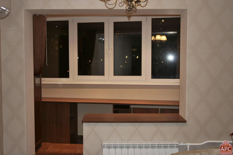 Столешница вместо подоконника при совмещении с балконом..