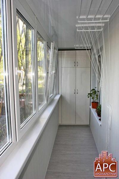 Встроенный шкаф с антресолью для лоджии.
