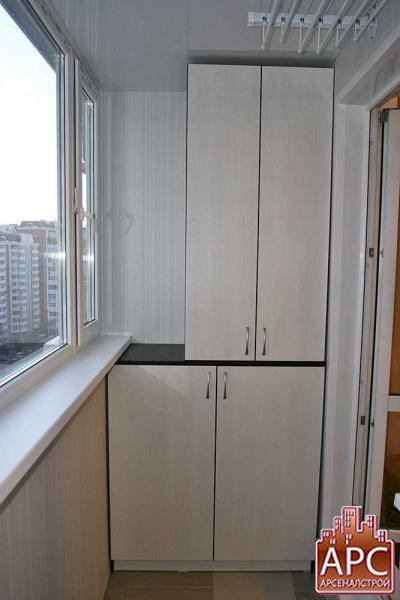 мебель для лоджии изготовленная по индивидуальному заказу.